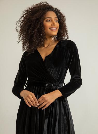 Foremia Kadife Piliseli Elbise Siyah